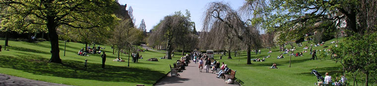 stay in edinburgh - princes street gardens