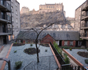 castle view self catering apartment edinburgh - lounge
